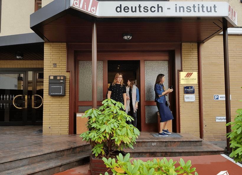 škola nemačkog u Frankfurtu