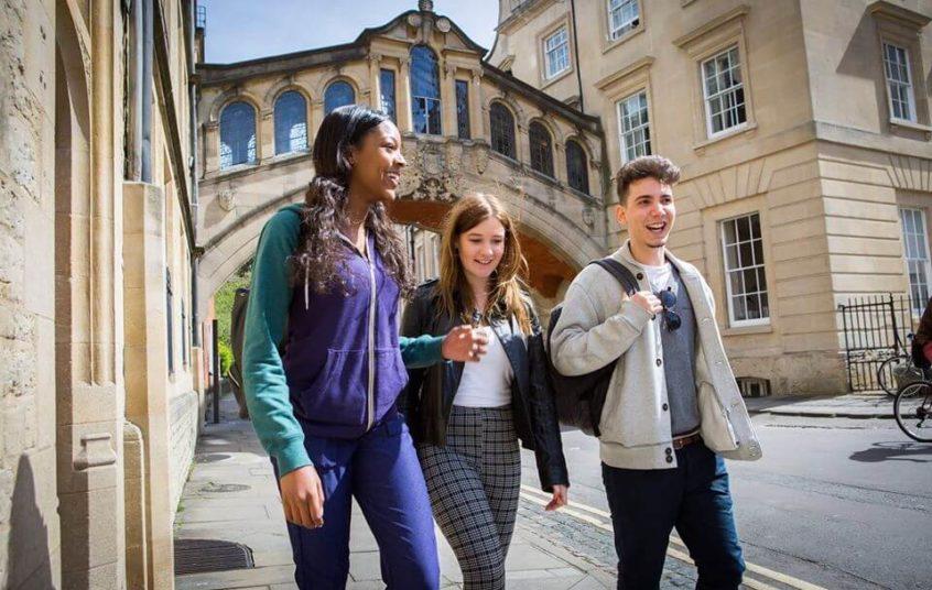 srednja škola u Oksfordu Engleska