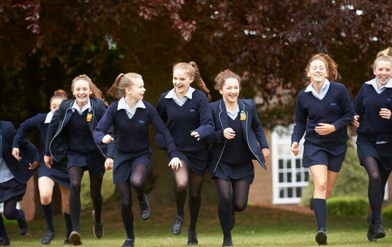 internat za devojčice u Engleskoj