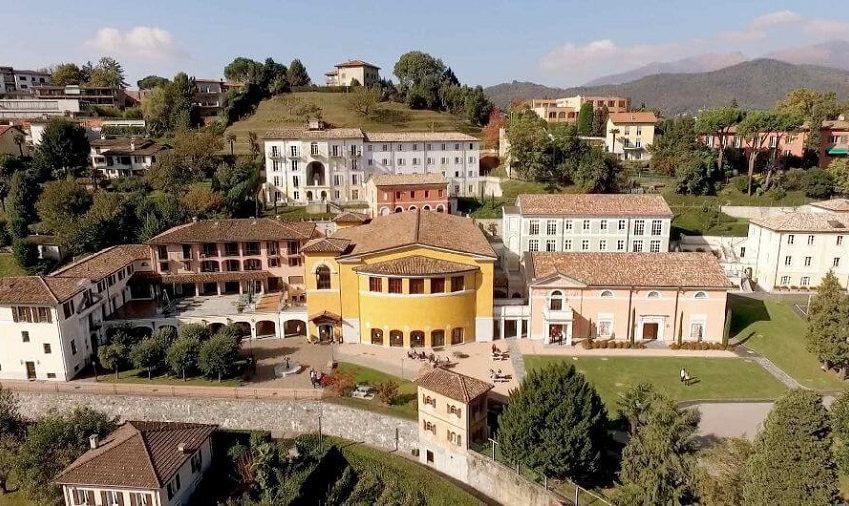 američka srednja škola u Švajcarskoj