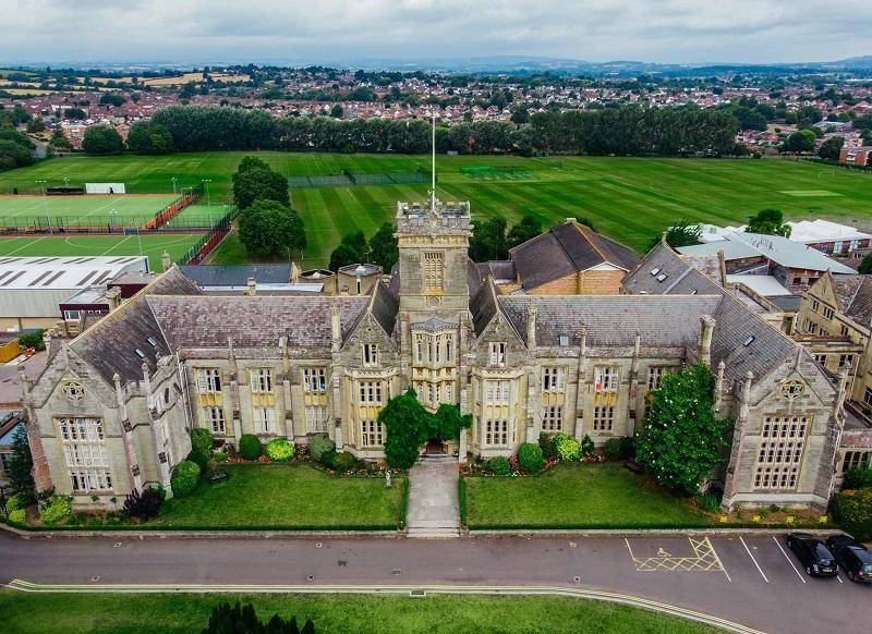srednja škola u jugozapadnoj Engleskoj